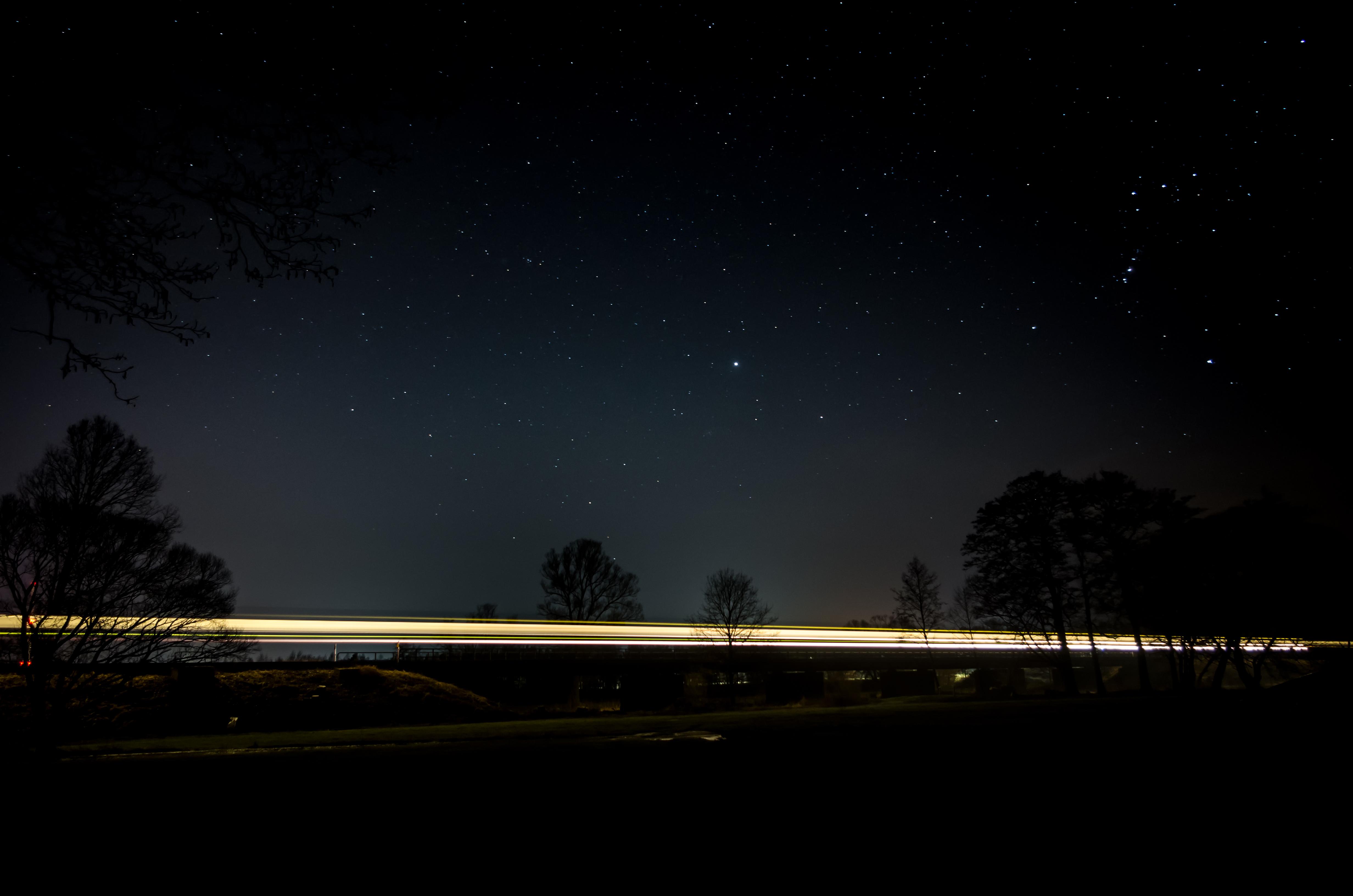 Einfach Bilder – Ein Zug bei Nacht…