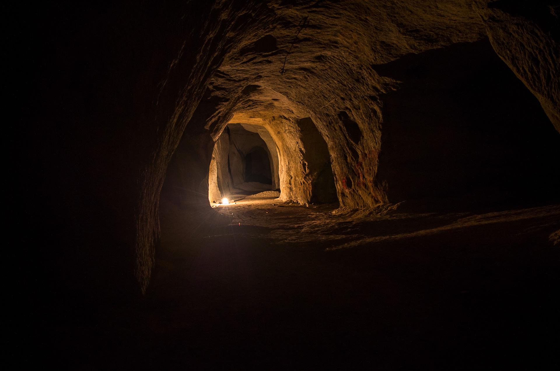 Verlassene Orte – tief drinnen im Berg in tiefdunkler Totenstille – Narwal